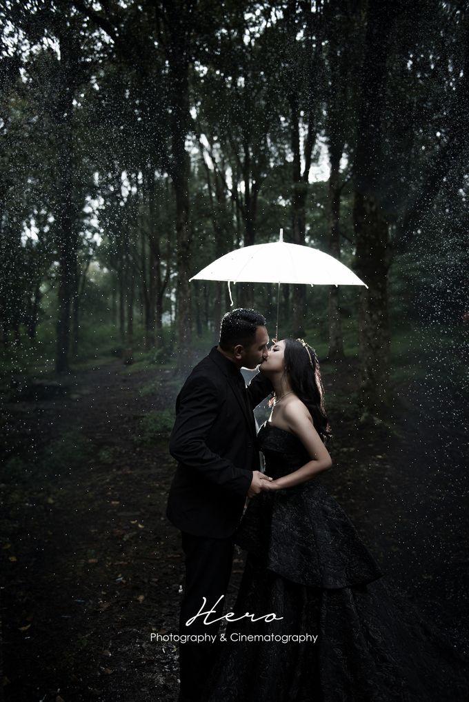 Prewedding Indoor & Outdoor by Herophotography - 010