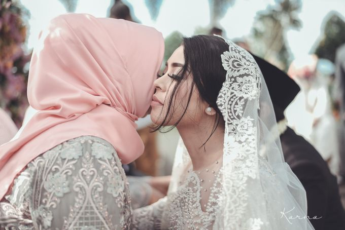 Dinta - Derry Wedding by Karna Pictures - 024