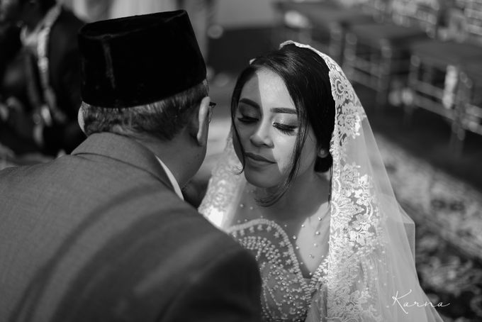 Dinta - Derry Wedding by Karna Pictures - 025