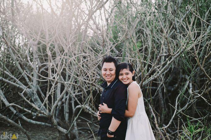 Engagement // prewedding Hendra & Dimitry by diktatphotography - 014