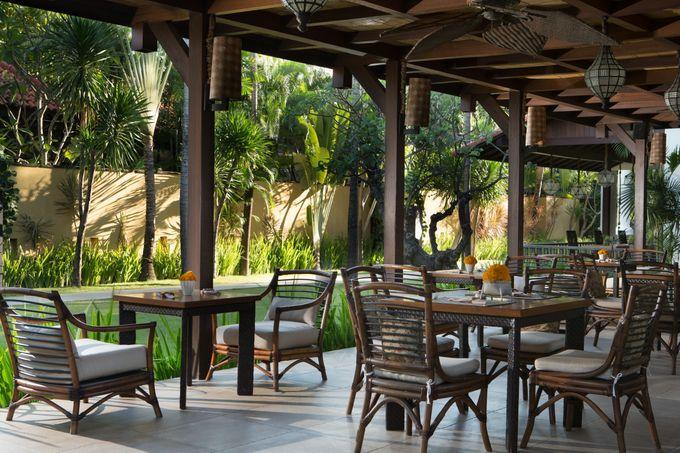 Dining by Villa de daun - 001