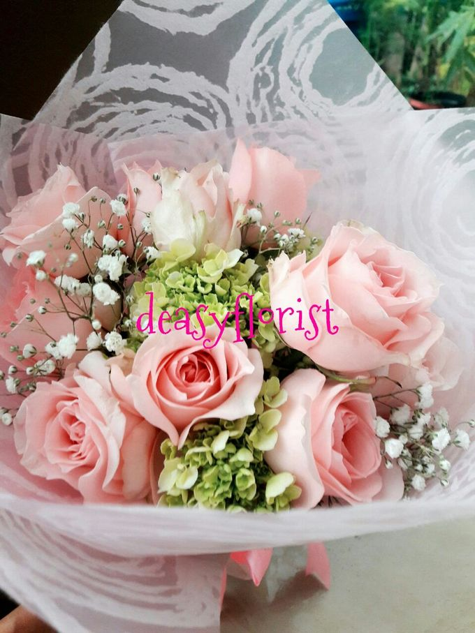 Deasy Florist - Custom Made Bouquet & Floral Arrangement by Deasy Florist - 011