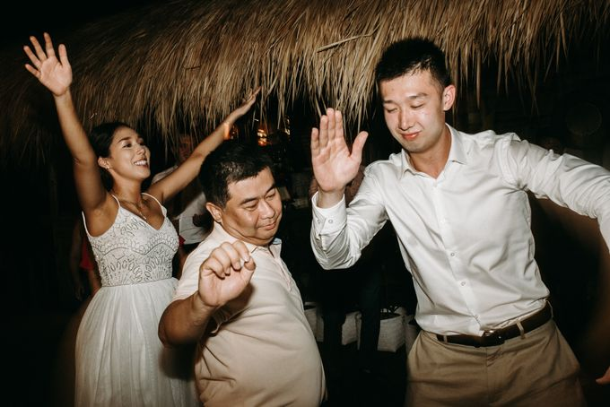 Komune Resorts Wedding - Derek & Emily by Snap Story Pictures - 035