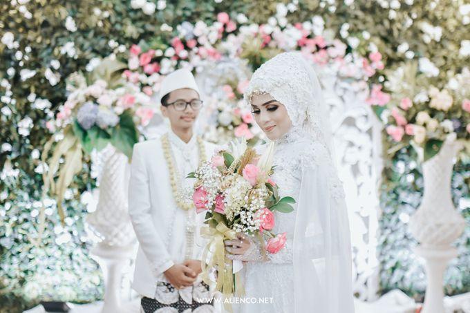 Muslim Wedding Dini & Angga by alienco photography