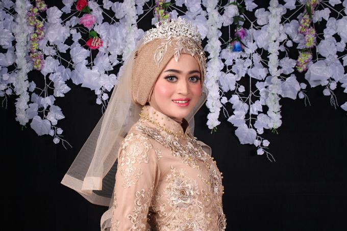 Bridal Muslim Makeup by Bridal Art - 011
