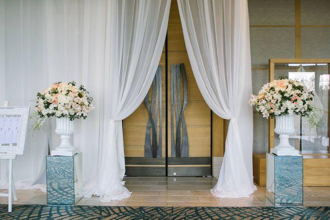Ritz Carlton Bali Wedding | Addo & Jodie by Eurasia Wedding - 025