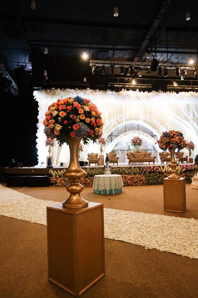 The Wedding of Raymoon Anjelina by The Swan Decoration - 008