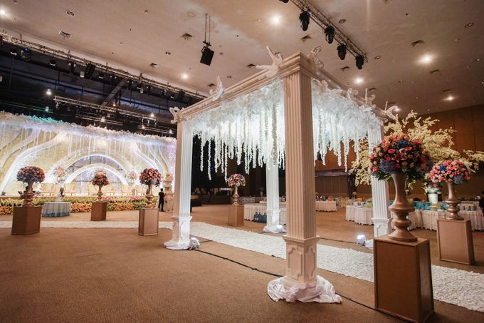 The Wedding of Raymoon Anjelina by The Swan Decoration - 010