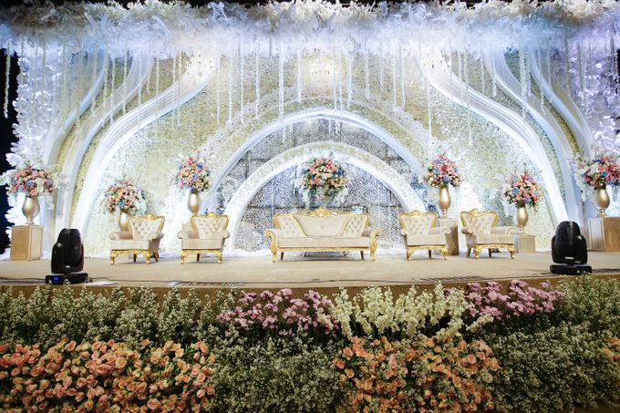 The Wedding of Raymoon Anjelina by The Swan Decoration - 012