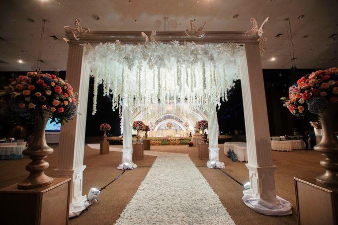 The Wedding of Raymoon Anjelina by The Swan Decoration - 016