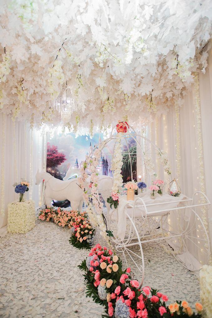 The Wedding of Raymoon Anjelina by The Swan Decoration - 028