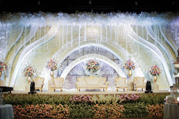 The Wedding of Raymoon Anjelina by The Swan Decoration - 033