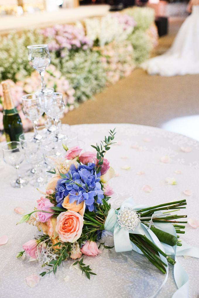 The Wedding of Raymoon Anjelina by The Swan Decoration - 040