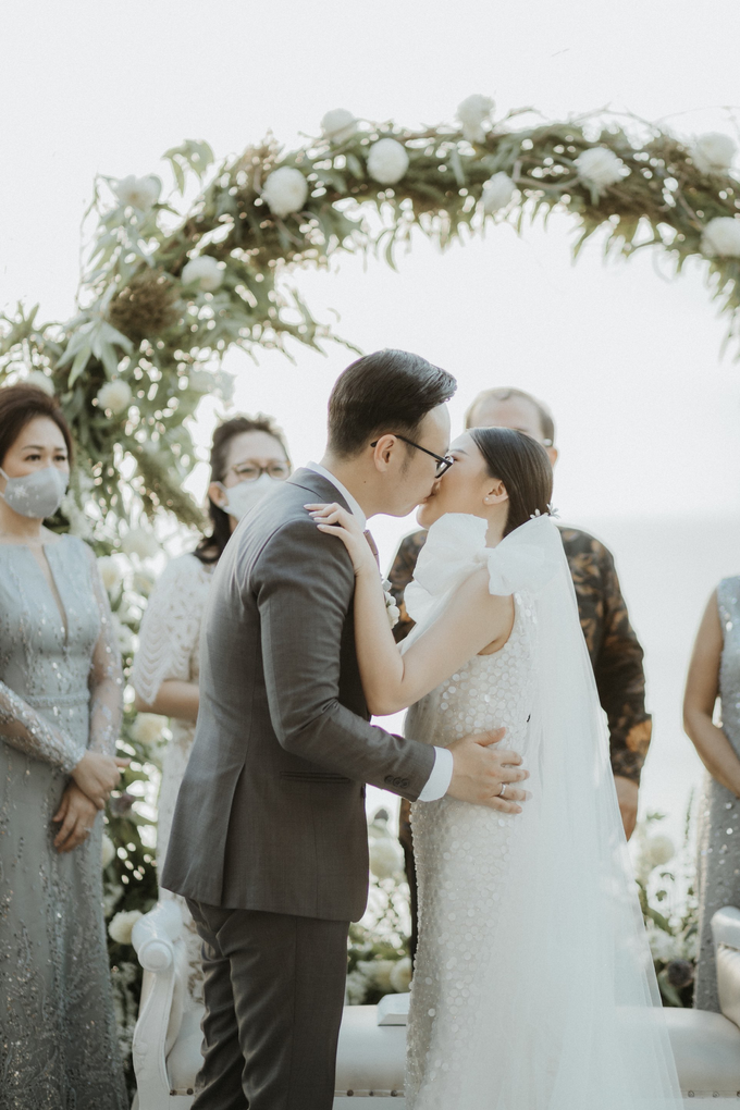 The Wedding of William and Livia by Delapan Bali Event & Wedding - 017