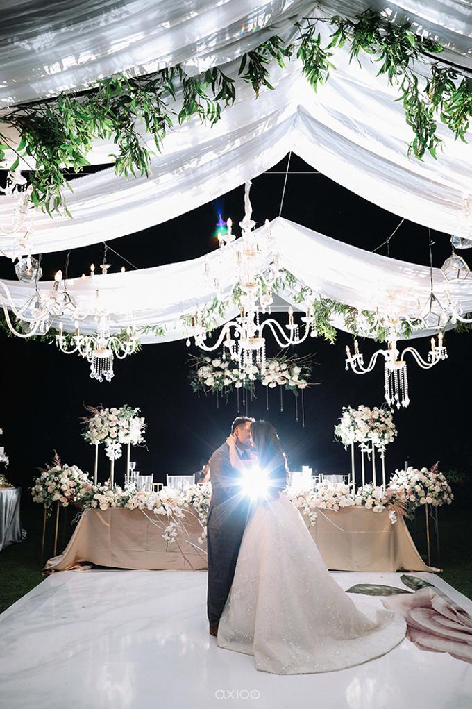 Wedding of Daniel & Emmilia (Ritz Carlton Bali) by Hian Tjen - 003