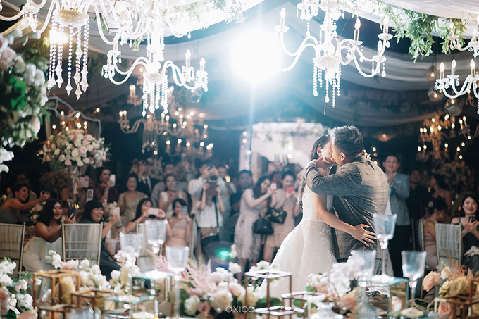 Wedding of Daniel & Emmilia (Ritz Carlton Bali) by Hian Tjen - 004