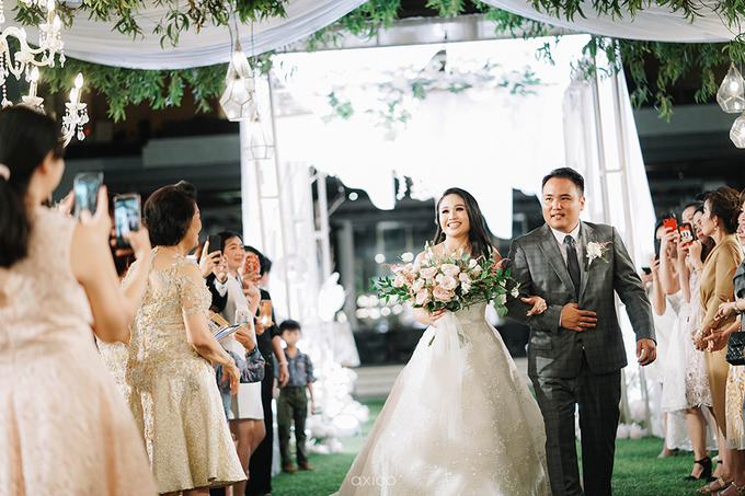 Wedding of Daniel & Emmilia (Ritz Carlton Bali) by Hian Tjen - 008