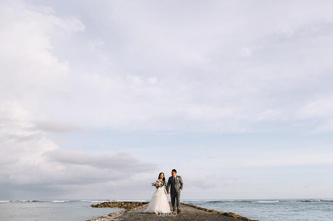 Wedding of Daniel & Emmilia (Ritz Carlton Bali) by Hian Tjen - 013