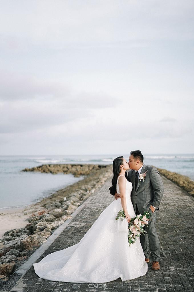 Wedding of Daniel & Emmilia (Ritz Carlton Bali) by Hian Tjen - 014