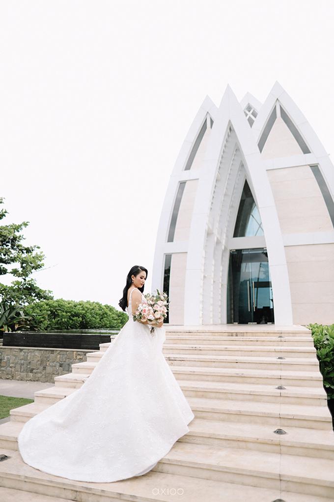 Wedding of Daniel & Emmilia (Ritz Carlton Bali) by Hian Tjen - 024