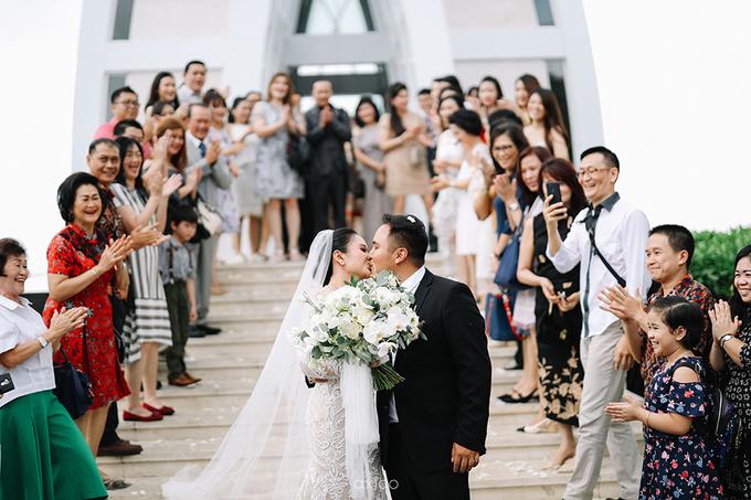 Wedding of Daniel & Emmilia (Ritz Carlton Bali) by Hian Tjen - 028