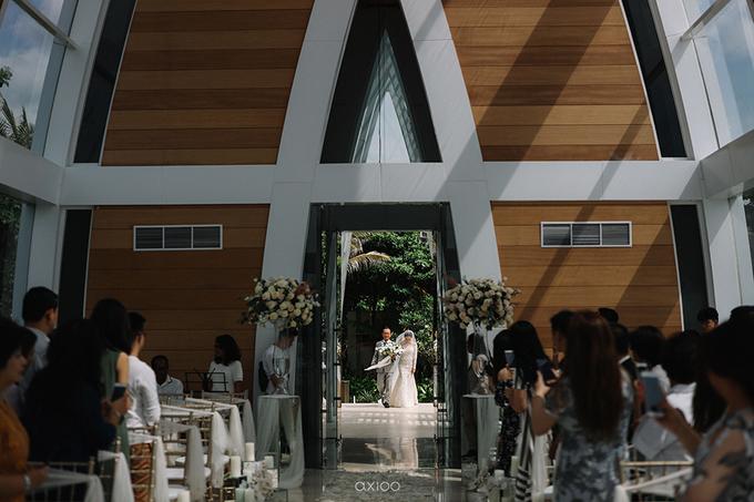 Wedding of Daniel & Emmilia (Ritz Carlton Bali) by Hian Tjen - 050
