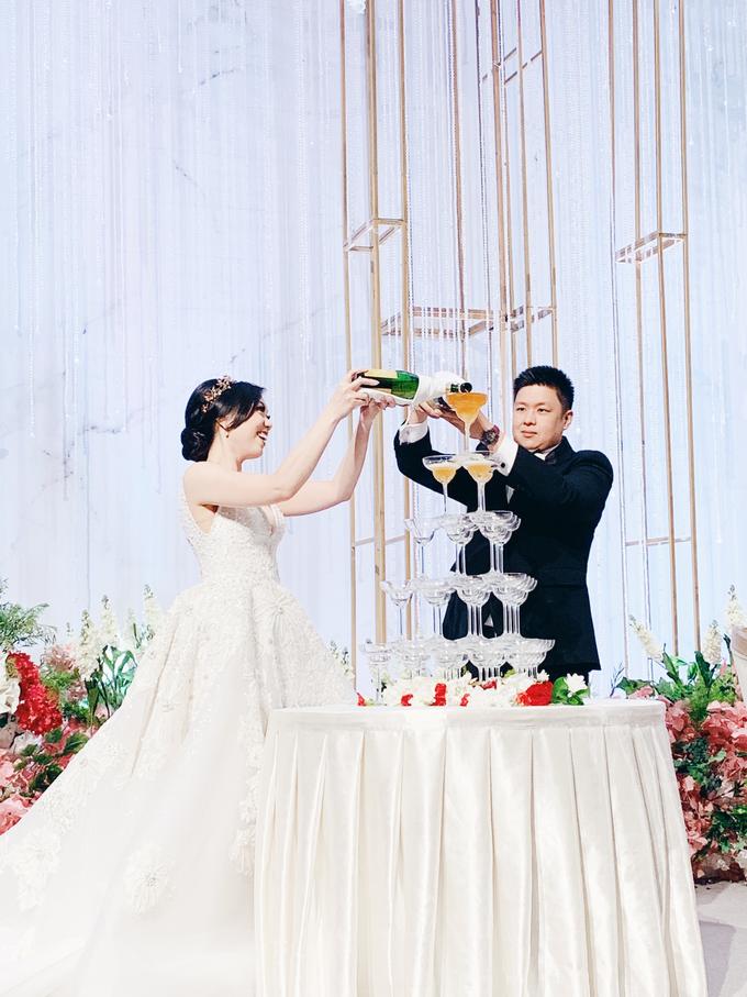 Fairmont Jakarta - Wedding of Arnold & Lyvia by Demas Ryan & Lasting Moments Entertainment - 006
