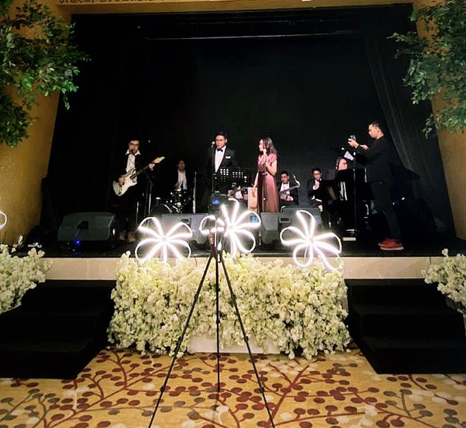 Grand Hyatt -MC & Mini Orchestra for Garry & Nadya by Demas Ryan & Lasting Moments Entertainment - 001