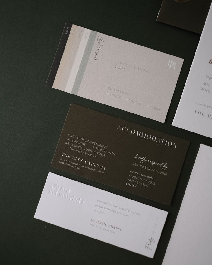 CONTEMPORARY GREENERY by BloomingDays Invitation Studio - 007