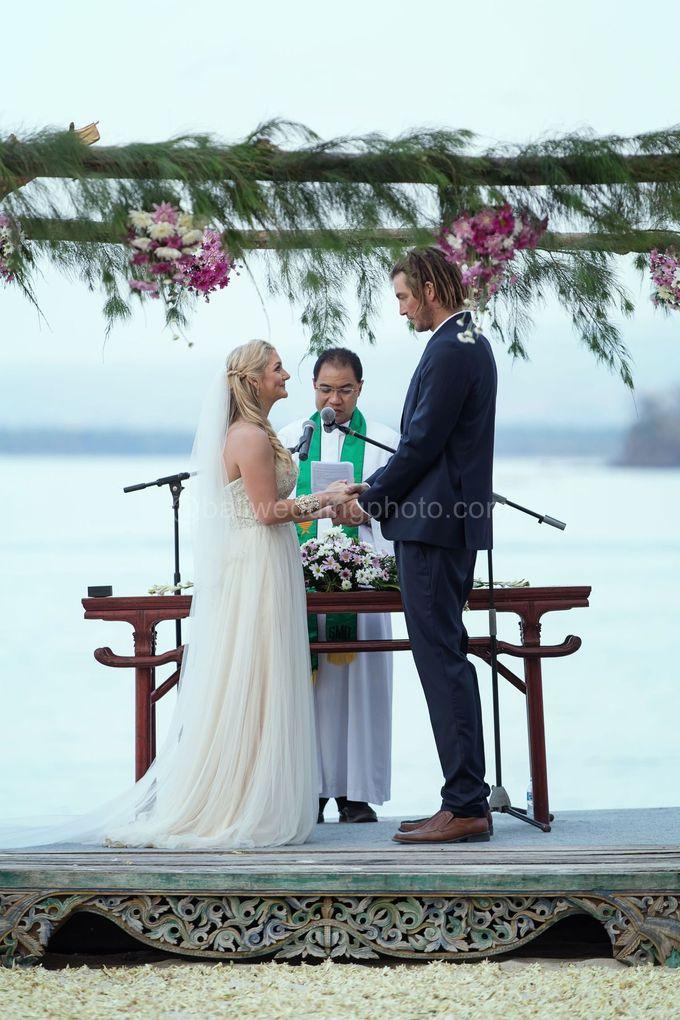 Caroline and Rob Wedding at Hotel Tugu Lombok by D'studio Photography Bali - 019