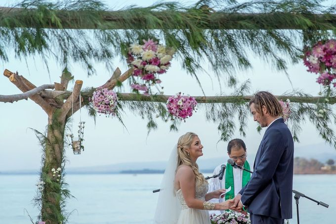 Caroline and Rob Wedding at Hotel Tugu Lombok by D'studio Photography Bali - 023