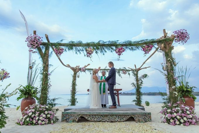 Caroline and Rob Wedding at Hotel Tugu Lombok by D'studio Photography Bali - 028