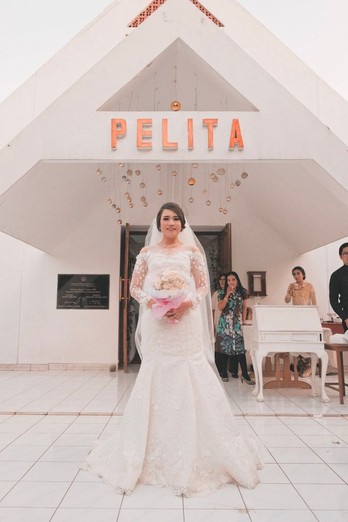 Wedding of Destiyani and Dimas by Le Clemmie by Amelia - 004