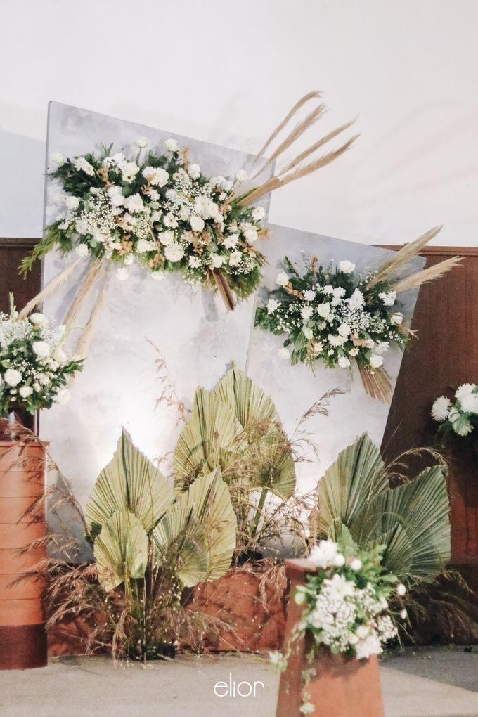 The Wedding of Devara and Rara by Elior Design - 011