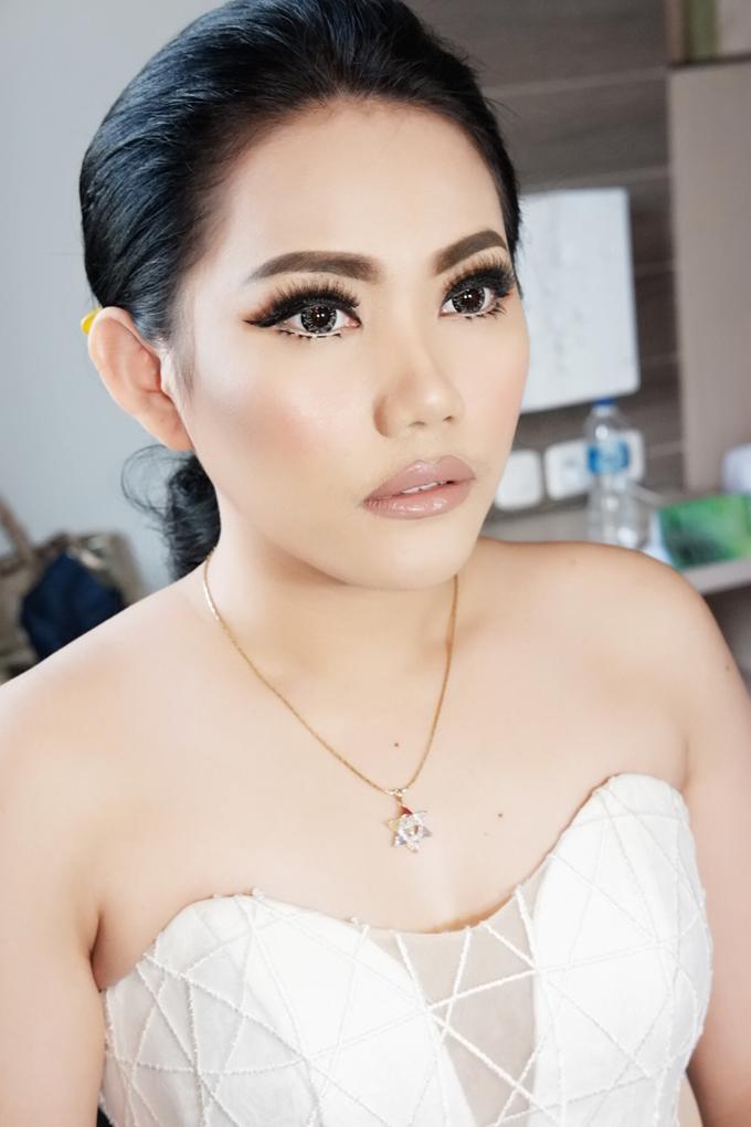 Fierce and bold look wedding Makeup by Dexterite Makeup Artist - 006