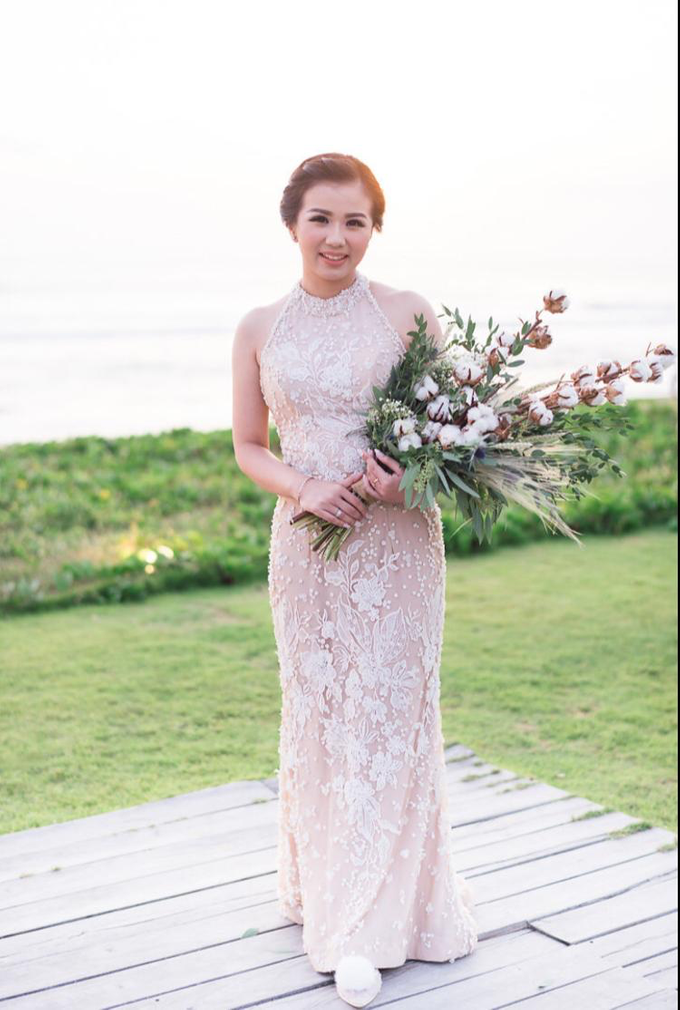 Beachfront Wedding  by Dexterite Makeup Artist - 006