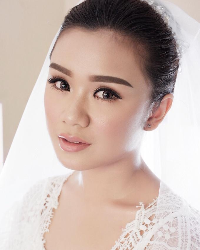 Bali Bride - Elegant Makeup and Hair styling by Dexterite Makeup Artist - 001