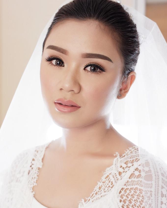 Bali Bride - Elegant Makeup and Hair styling by Dexterite Makeup Artist - 003