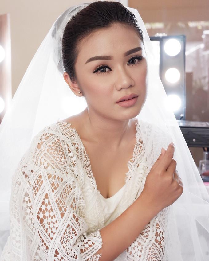 Bali Bride - Elegant Makeup and Hair styling by Dexterite Makeup Artist - 005