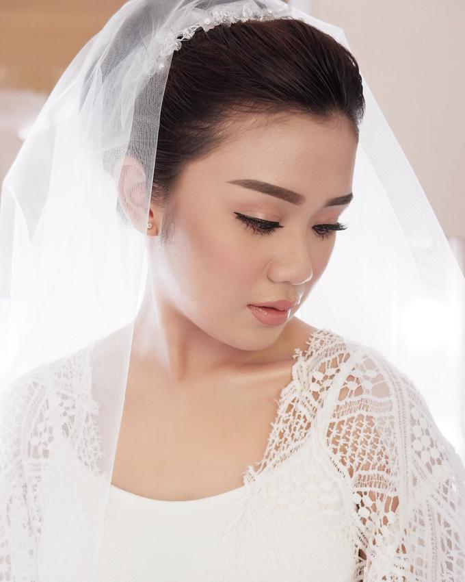 Bali Bride - Elegant Makeup and Hair styling by Dexterite Makeup Artist - 006