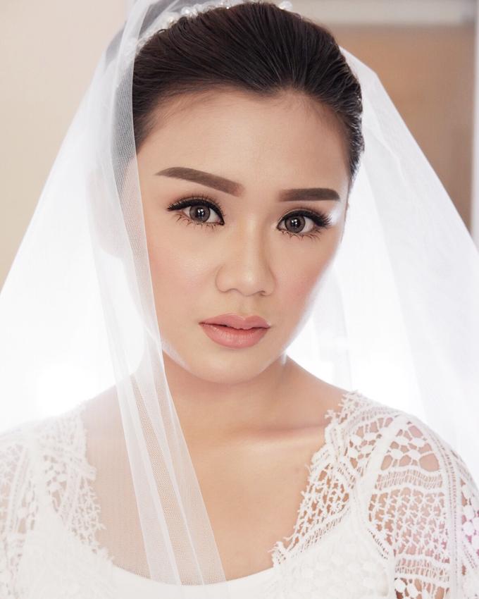 Bali Bride - Elegant Makeup and Hair styling by Dexterite Makeup Artist - 007