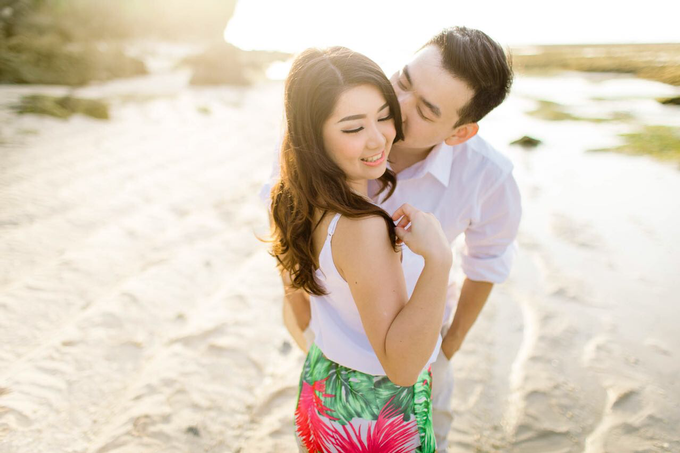 Exquisite Pre-wedding of Tommy and Sasa by Dexterite Makeup Artist - 005