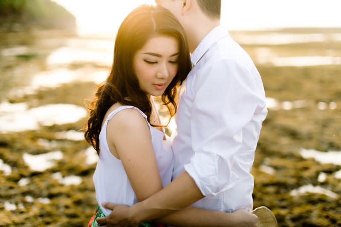 Exquisite Pre-wedding of Tommy and Sasa by Dexterite Makeup Artist - 001