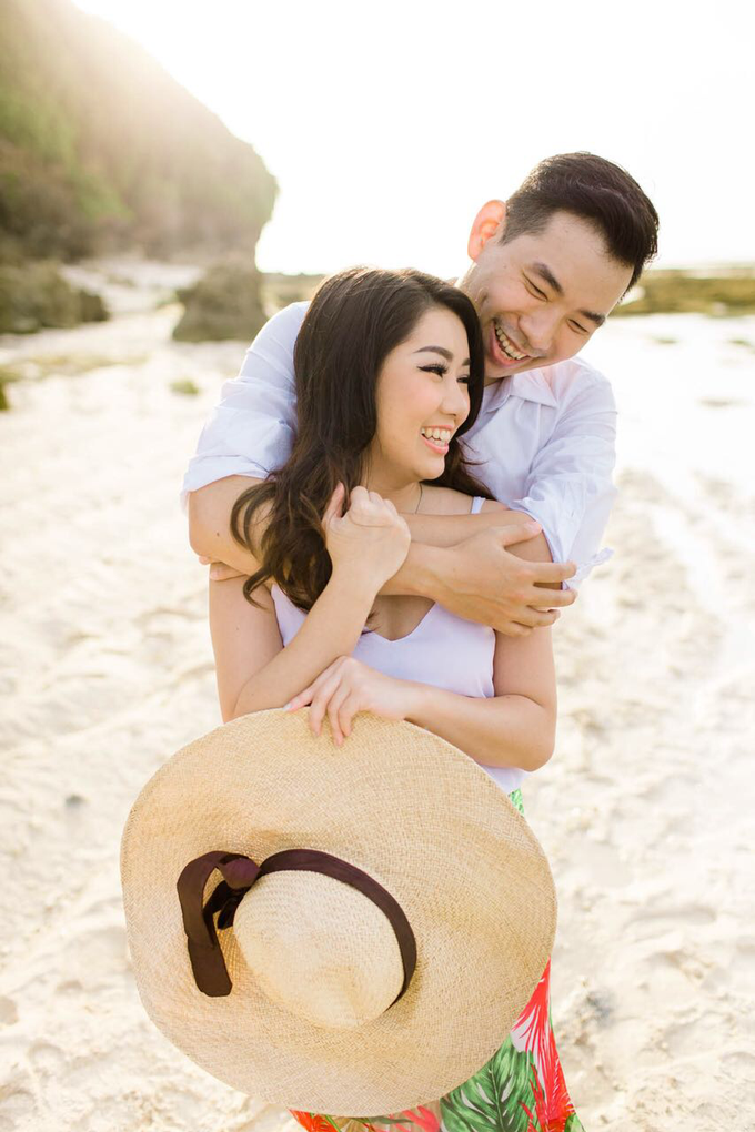 Exquisite Pre-wedding of Tommy and Sasa by Dexterite Makeup Artist - 008