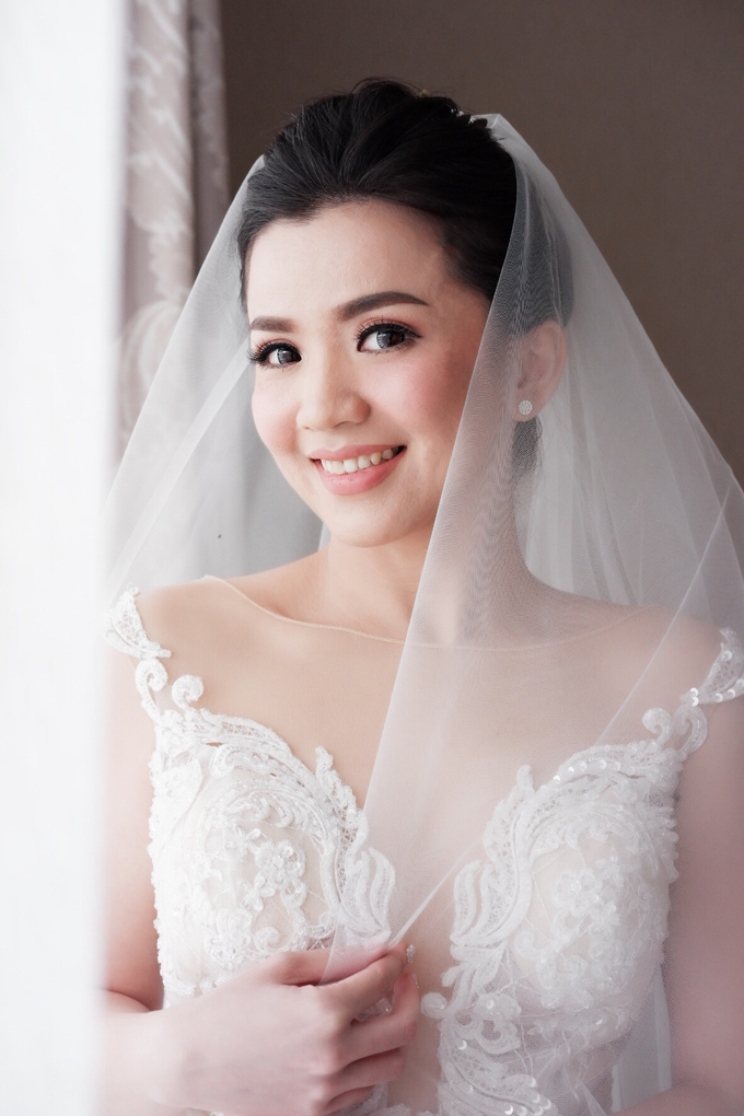 Beautiful Bride Christine by Dexterite Makeup Artist - 004