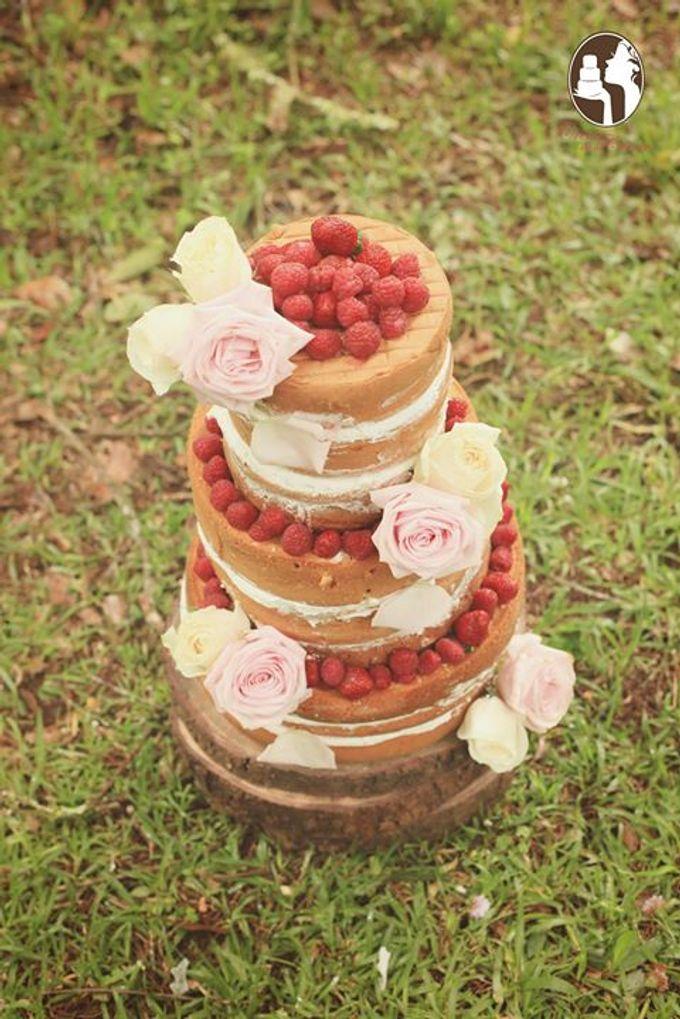 Rustic Wedding Cakes 2015 by Creme de la Creme Bali - 003