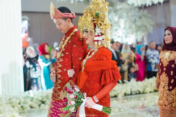 Wenty & Putra Wedding by SVARNA by IKAT Indonesia Didiet Maulana - 013