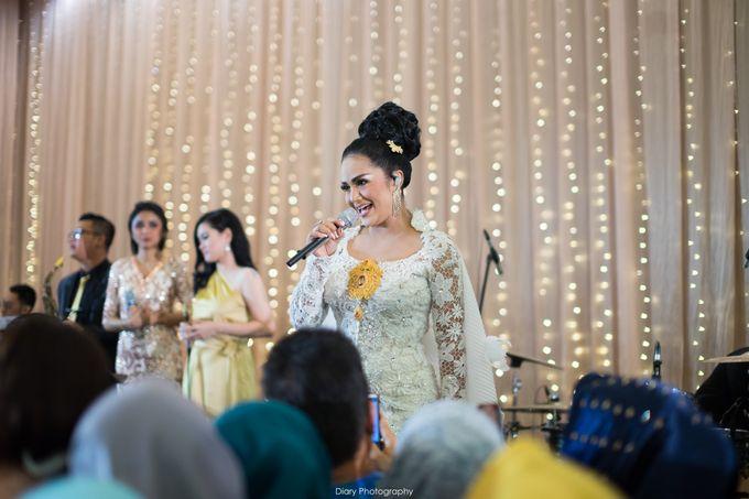 Wenty & Putra Wedding by SVARNA by IKAT Indonesia Didiet Maulana - 015