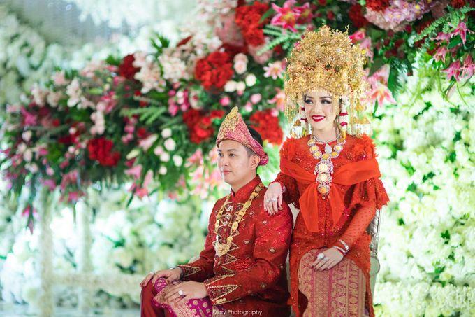 Wenty & Putra Wedding by SVARNA by IKAT Indonesia Didiet Maulana - 010