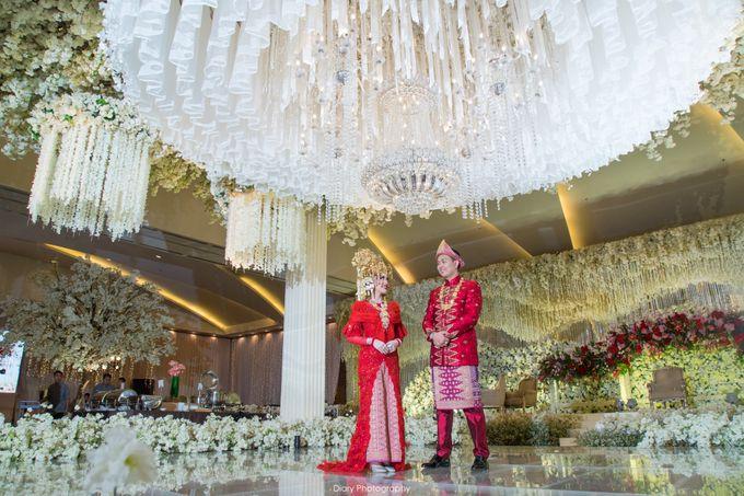 Wenty & Putra Wedding by SVARNA by IKAT Indonesia Didiet Maulana - 005